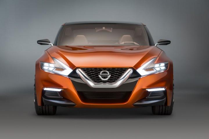01-Nissan-Sport-Sedan-Concept-04-720x480